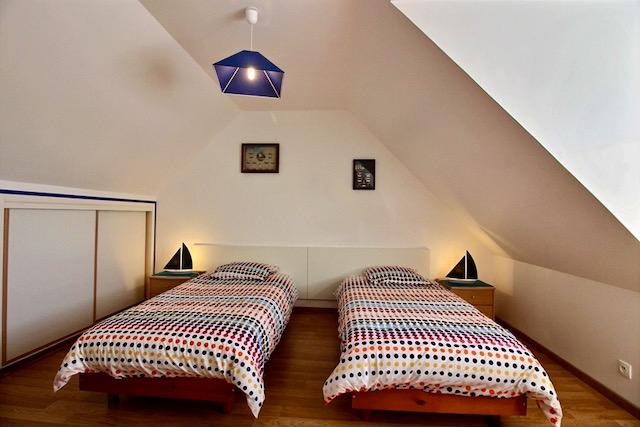 chambre lits simples location d'un gîte
